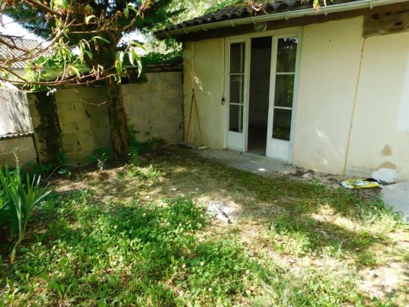 Sale house / villa Villamblard 49750€ - Picture 4