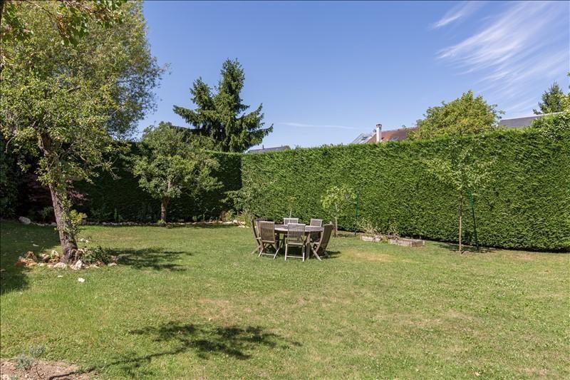 Deluxe sale house / villa Bougival 1390000€ - Picture 2