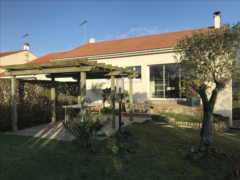 Vente maison / villa Roussay 174 790€ - Photo 1