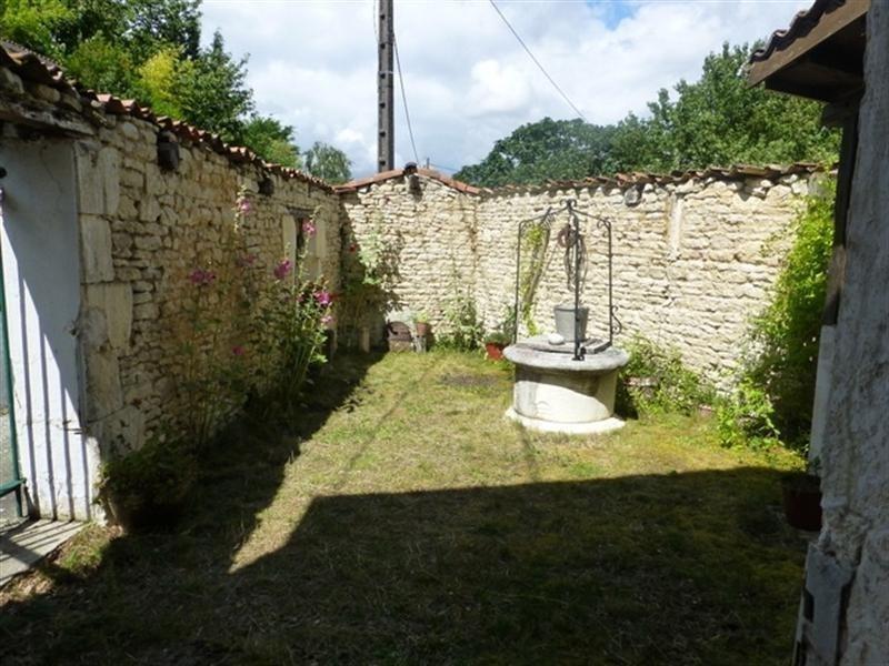 Sale house / villa Aumagne 48000€ - Picture 3