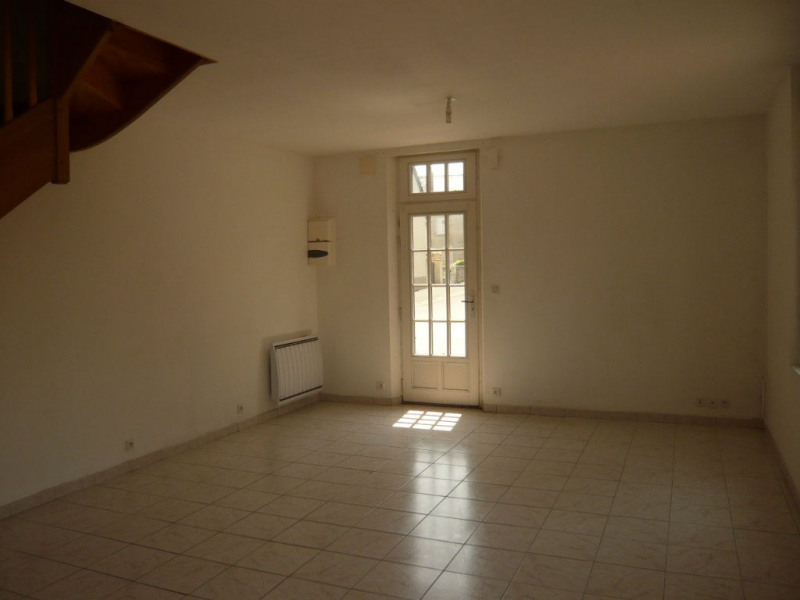 Rental house / villa Meslay du maine 400€ CC - Picture 3