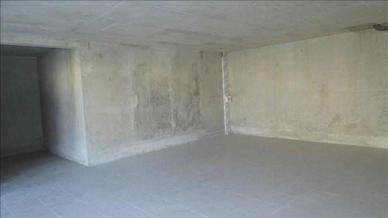 Sale empty room/storage Chateauneuf les martigues 99000€ - Picture 2