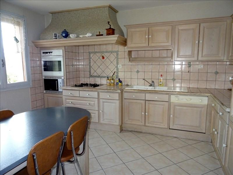 Sale house / villa St georges d esperanche 335000€ - Picture 4