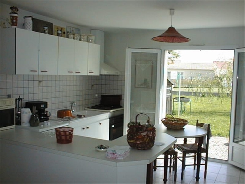 Rental house / villa Belleville sur vie 600€ CC - Picture 2