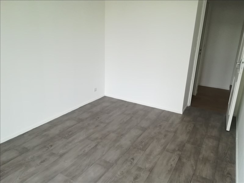 Rental apartment Evry 1 050€ CC - Picture 6