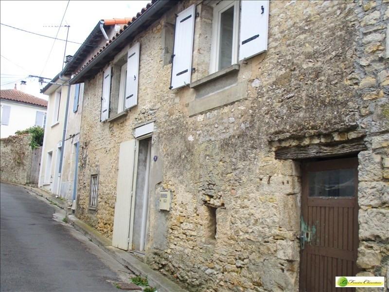 Rental apartment Ruffec 310€ CC - Picture 2