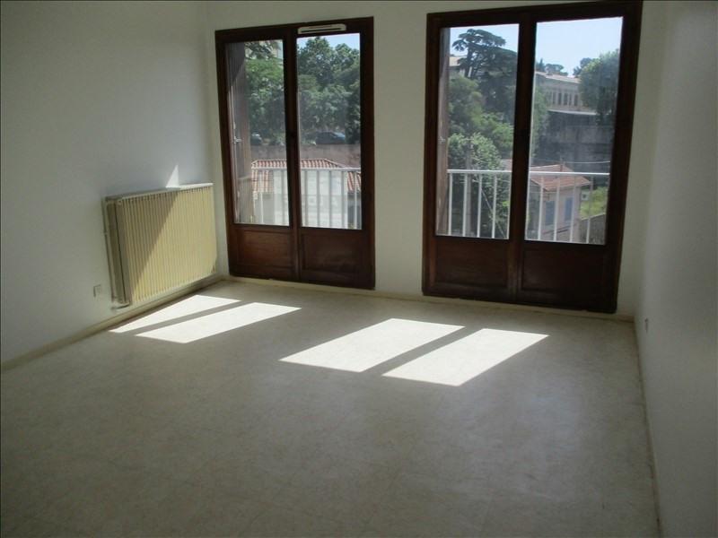 Rental apartment Salon de provence 582€ CC - Picture 1