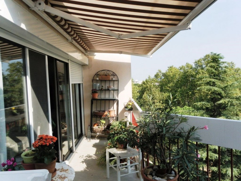 Sale apartment Avignon 148 000€ - Picture 1