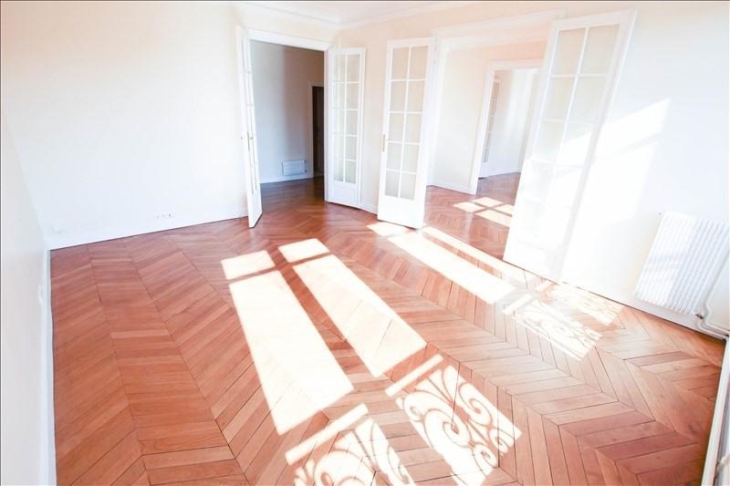 Rental apartment Paris 17ème 4225€ CC - Picture 2