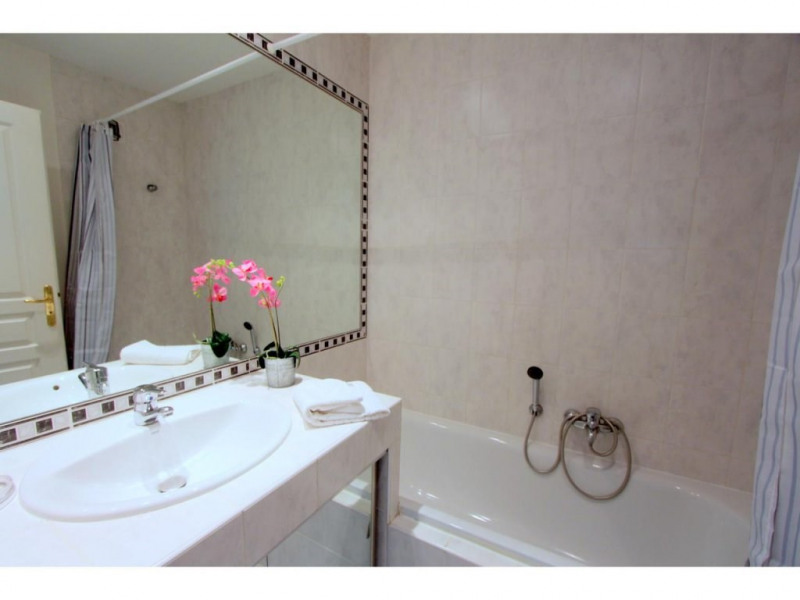 Investment property apartment Nice 385000€ - Picture 8