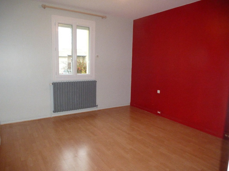 Location maison / villa Villeneuve-de-berg 850€ CC - Photo 8