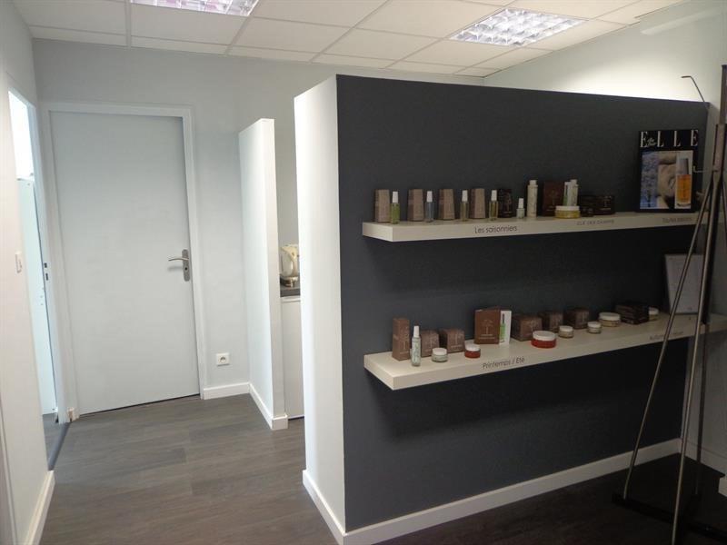 Sale empty room/storage Limas 145000€ - Picture 5