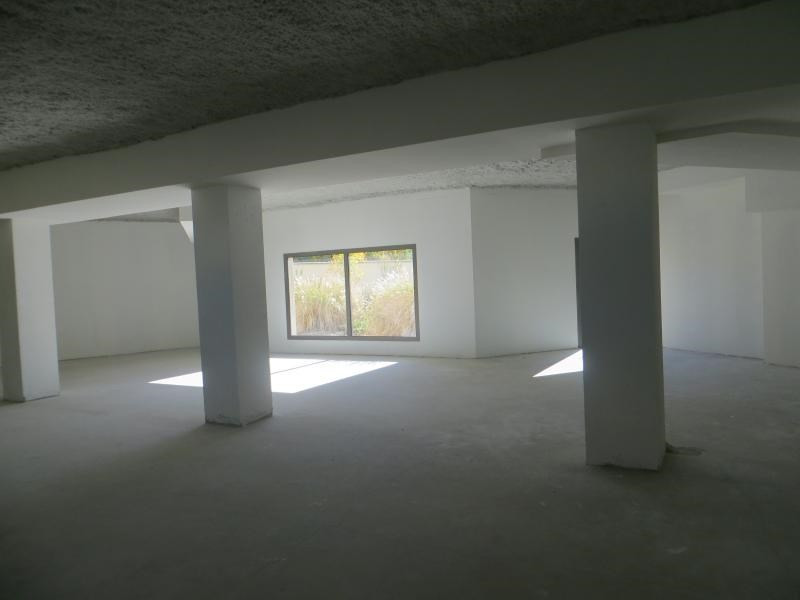 Rental empty room/storage Clermont ferrand 2 614€ HC - Picture 1