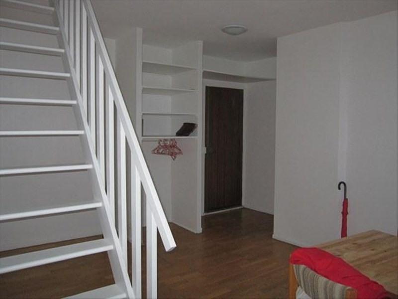 Rental apartment Versailles 825€ CC - Picture 2