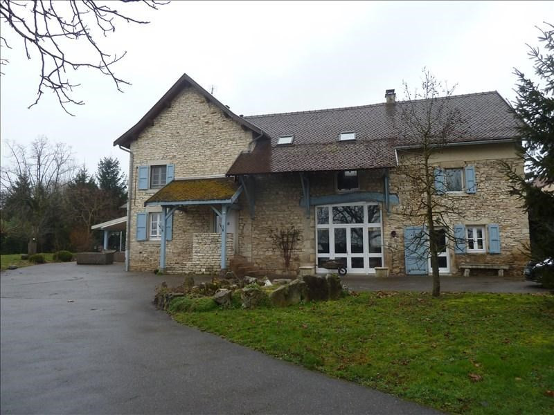 Deluxe sale house / villa Bourgoin-jallieu 750 000€ - Picture 2