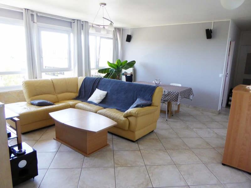 Sale apartment Elancourt 187000€ - Picture 1