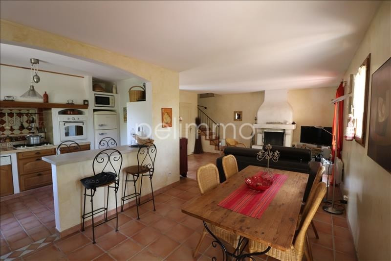Vente maison / villa Pelissanne 349900€ - Photo 3