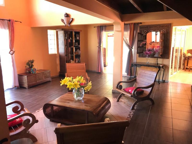 Location maison / villa Saint paul 1800€ CC - Photo 3
