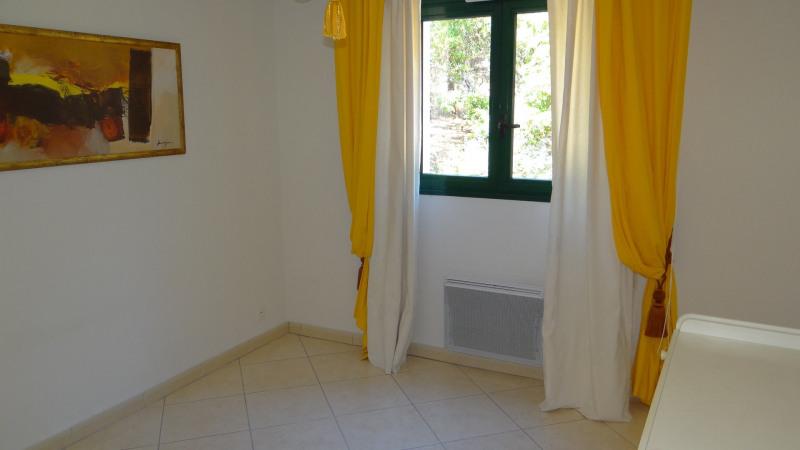 Sale apartment Cavalaire 477000€ - Picture 6
