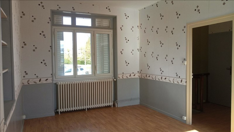 Sale house / villa Bourbon l archambault 97 650€ - Picture 4