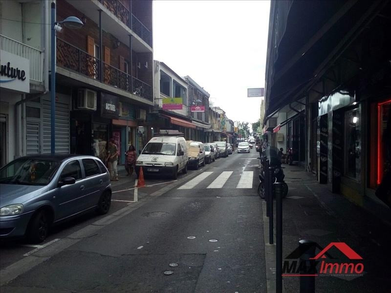 Location local commercial St paul 2250€ HT/HC - Photo 5