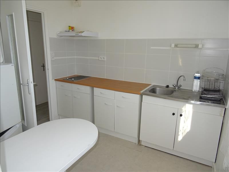 Sale apartment Troyes 52000€ - Picture 2