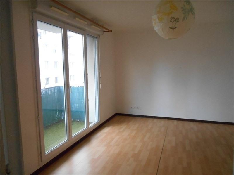 Location appartement Cergy le haut 596€ CC - Photo 1