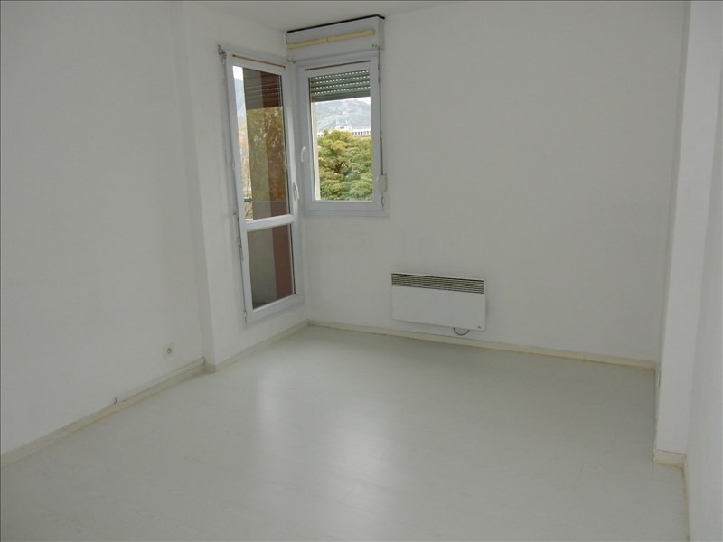 Sale apartment Fontaine 95 000€ - Picture 3