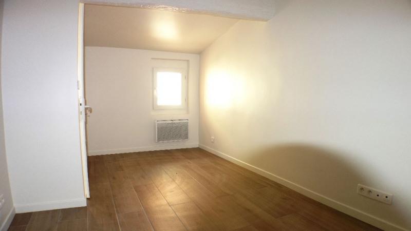 Location appartement Toulon 610€ CC - Photo 2