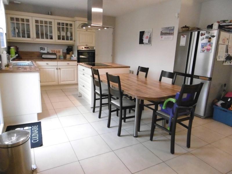 Sale house / villa Provin 296900€ - Picture 2