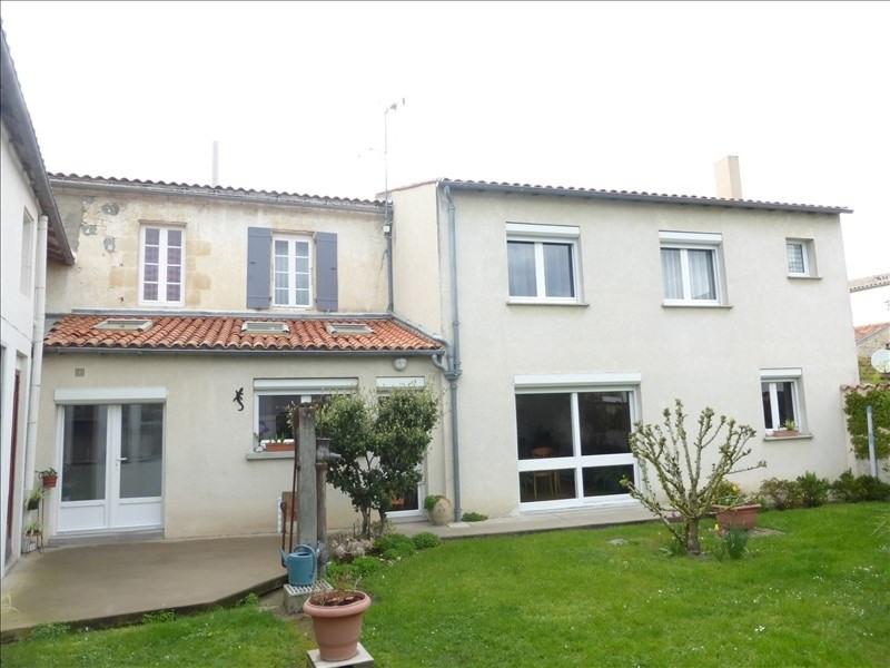 Vente maison / villa Surgeres 265000€ - Photo 1