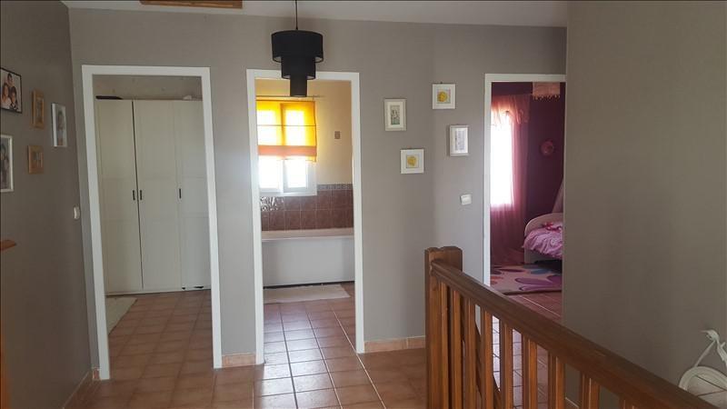 Sale house / villa St clair sur epte 216200€ - Picture 5