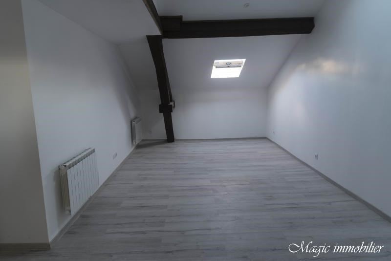 Rental apartment Oyonnax 365€ CC - Picture 4