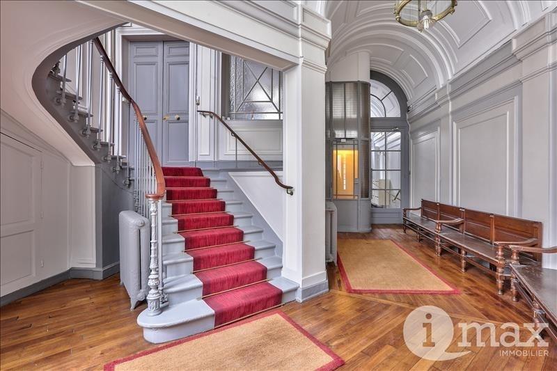 Deluxe sale apartment Paris 8ème 1450000€ - Picture 9