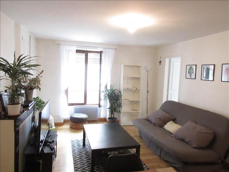 Verhuren  appartement Voiron 580€ CC - Foto 1