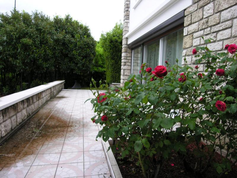 Sale house / villa Deuil-la-barre 749000€ - Picture 1