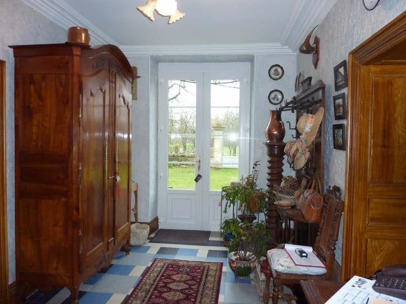 Sale house / villa Aigre 399000€ - Picture 8