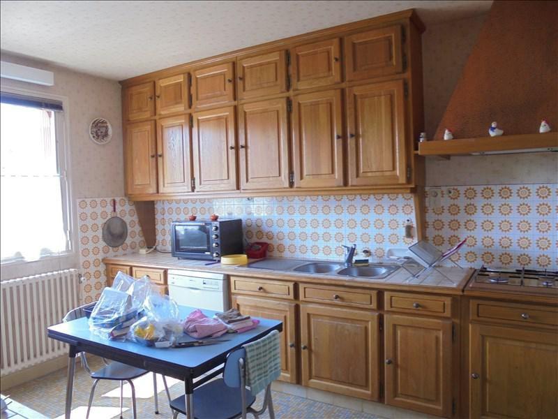 Sale house / villa Beaulieu sur loire 143000€ - Picture 5