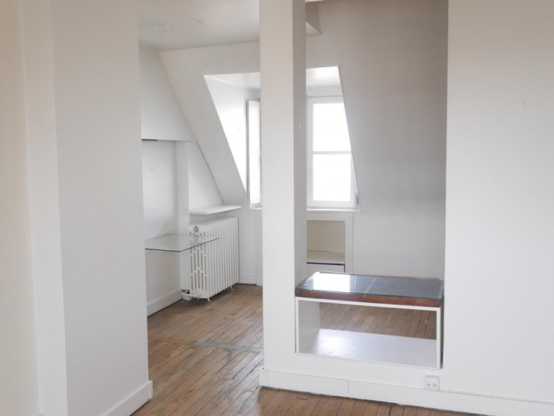 Sale apartment Paris 17ème 379000€ - Picture 2