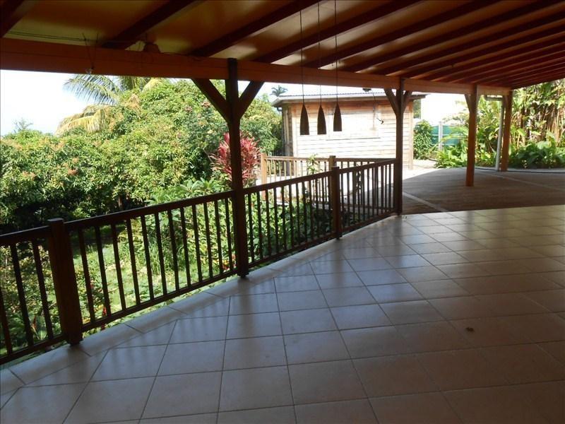 Sale house / villa St claude 350000€ - Picture 3