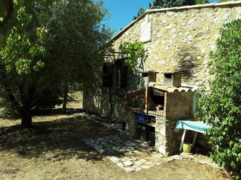 Sale house / villa Tavel 265000€ - Picture 1