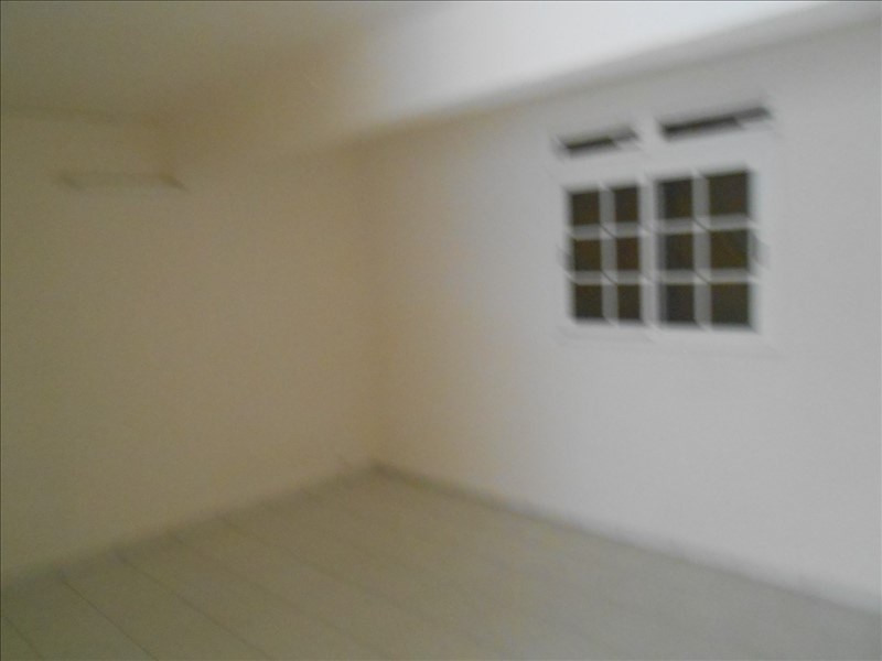 Rental apartment Baillif 600€cc - Picture 2