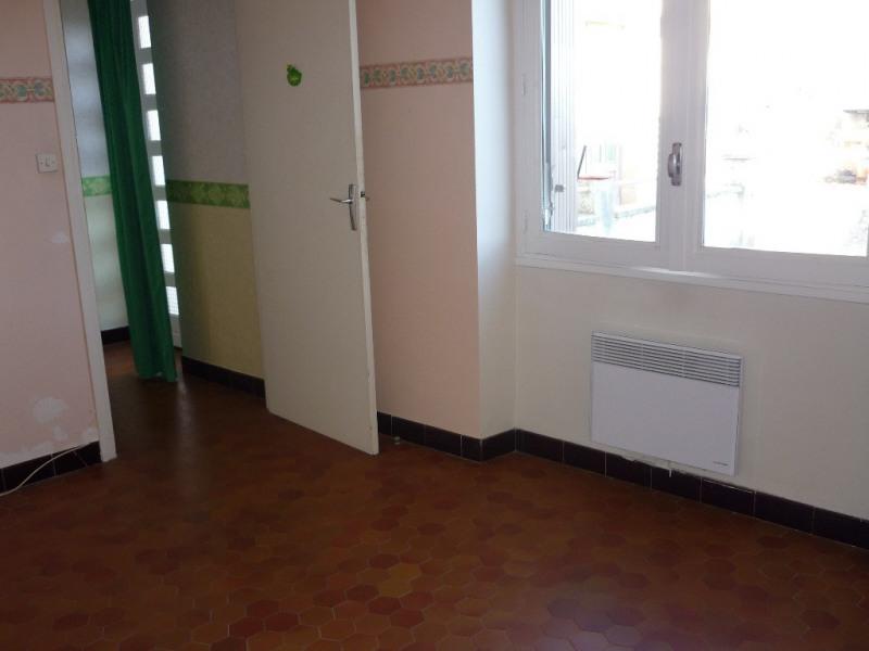 Location appartement Saint-étienne-de-fontbellon 497€ CC - Photo 6