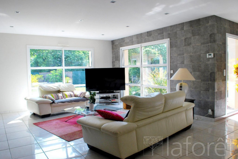 Sale house / villa Cholet 395000€ - Picture 2