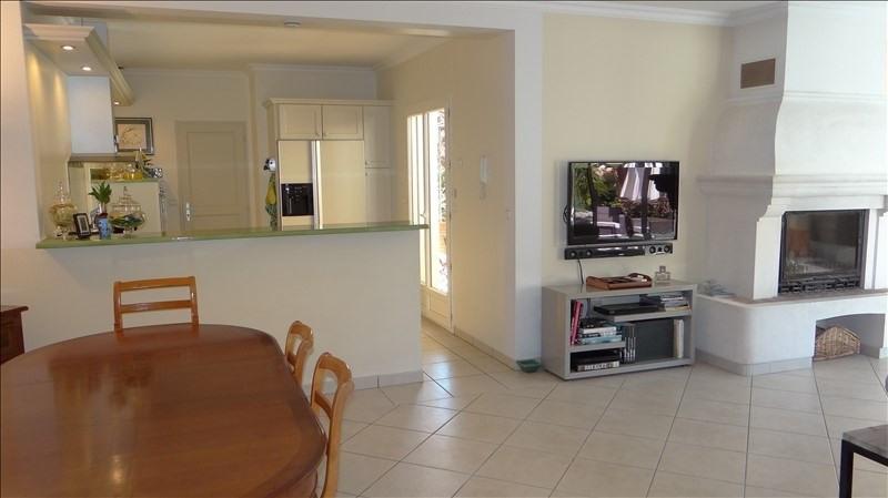 Deluxe sale house / villa Cavalaire sur mer 995000€ - Picture 4