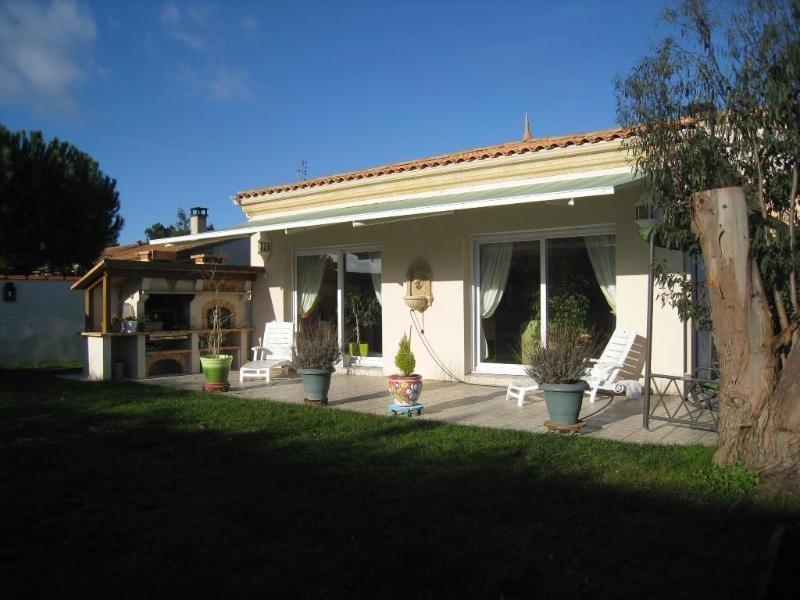 Deluxe sale house / villa Les mathes 725000€ - Picture 2