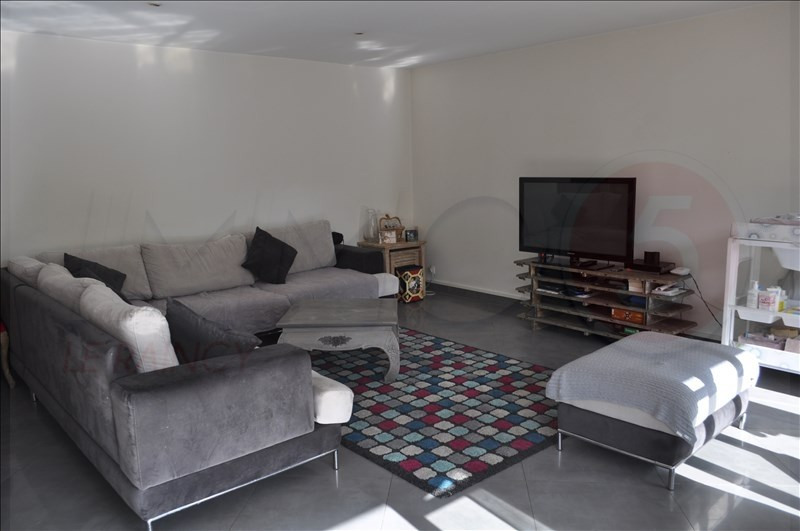 Sale apartment Le raincy 369000€ - Picture 4