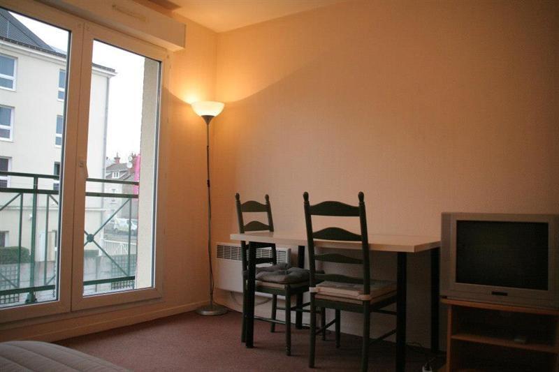 Location appartement Fontainebleau 640€ CC - Photo 9