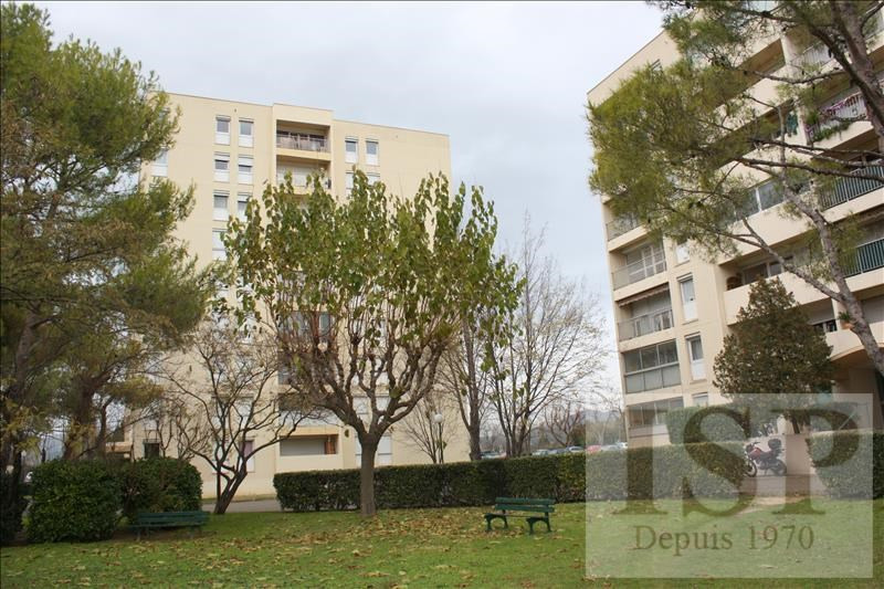 Rental apartment Aubagne 700€ CC - Picture 1