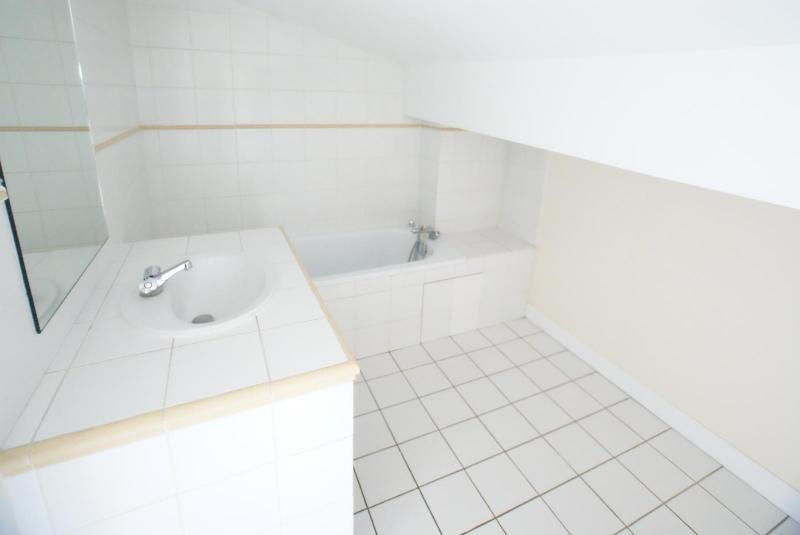 Location maison / villa Bordeaux 1367€ CC - Photo 8